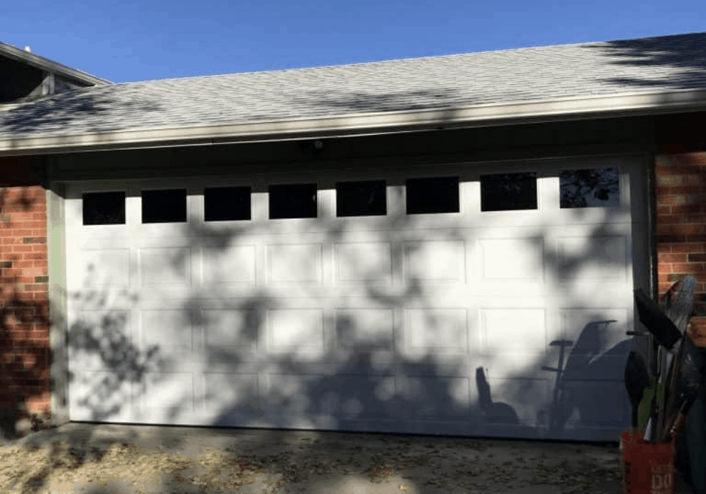 Purchasing a garage door