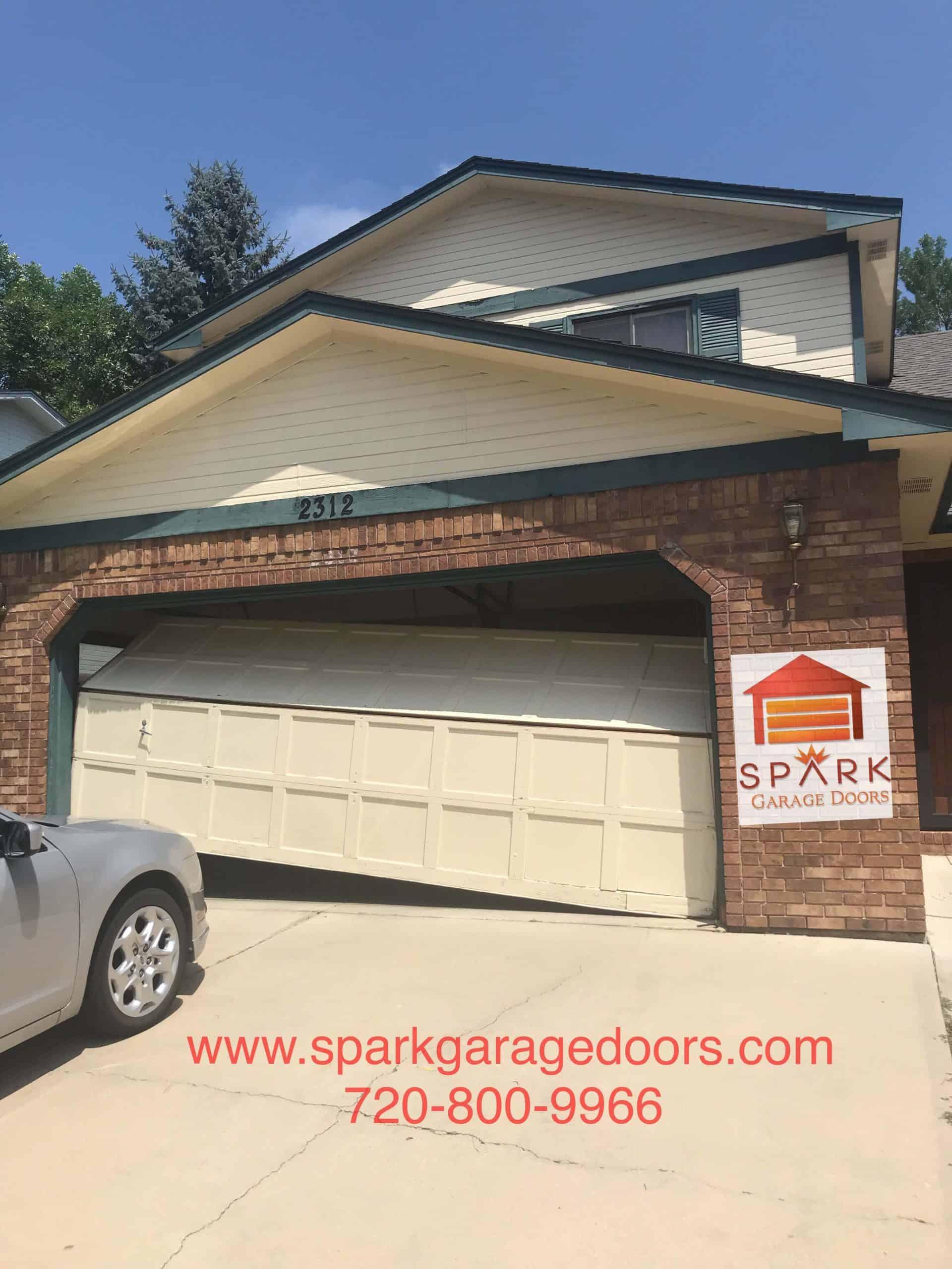 broken-garage-door-aurora