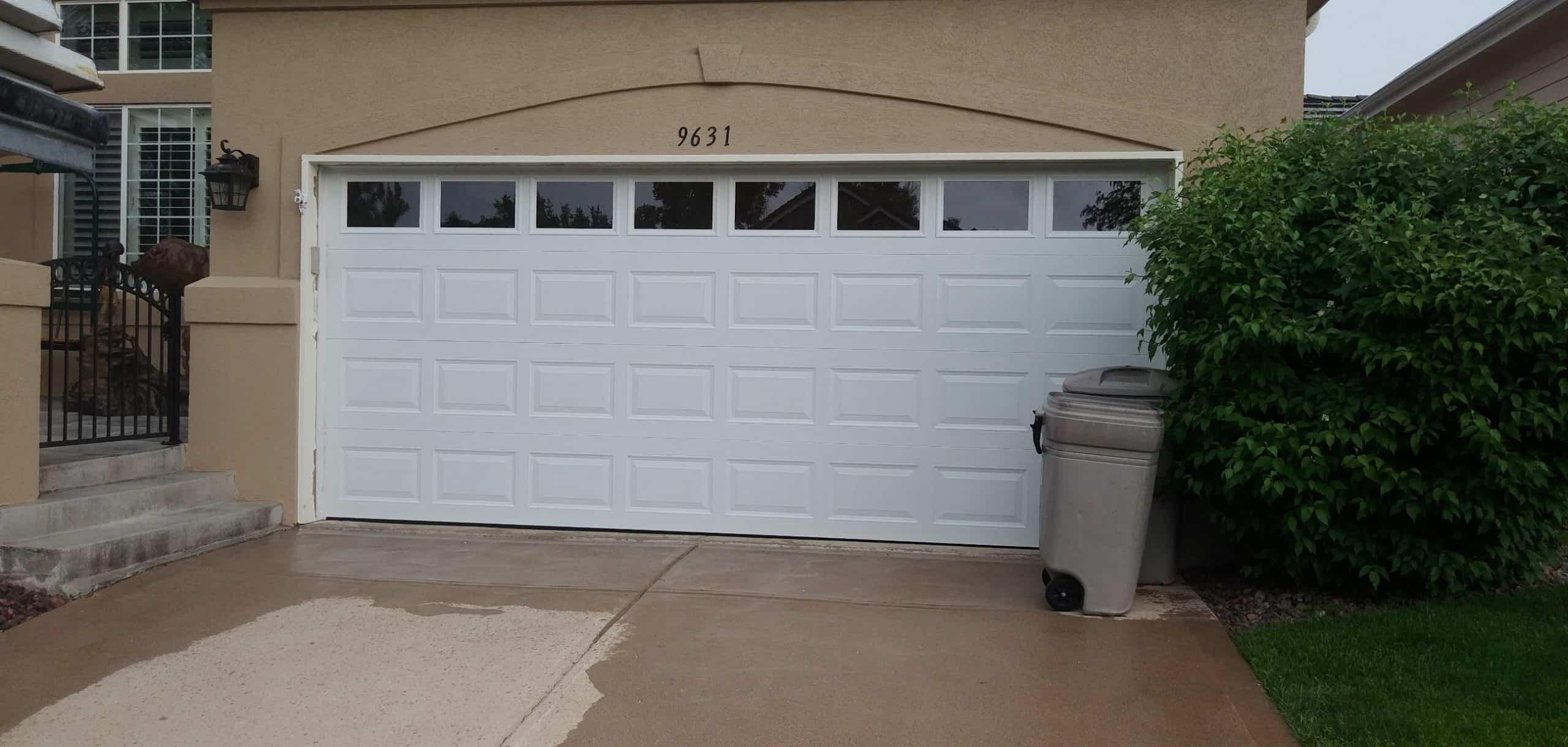 broken-garage-door-repair-aurora