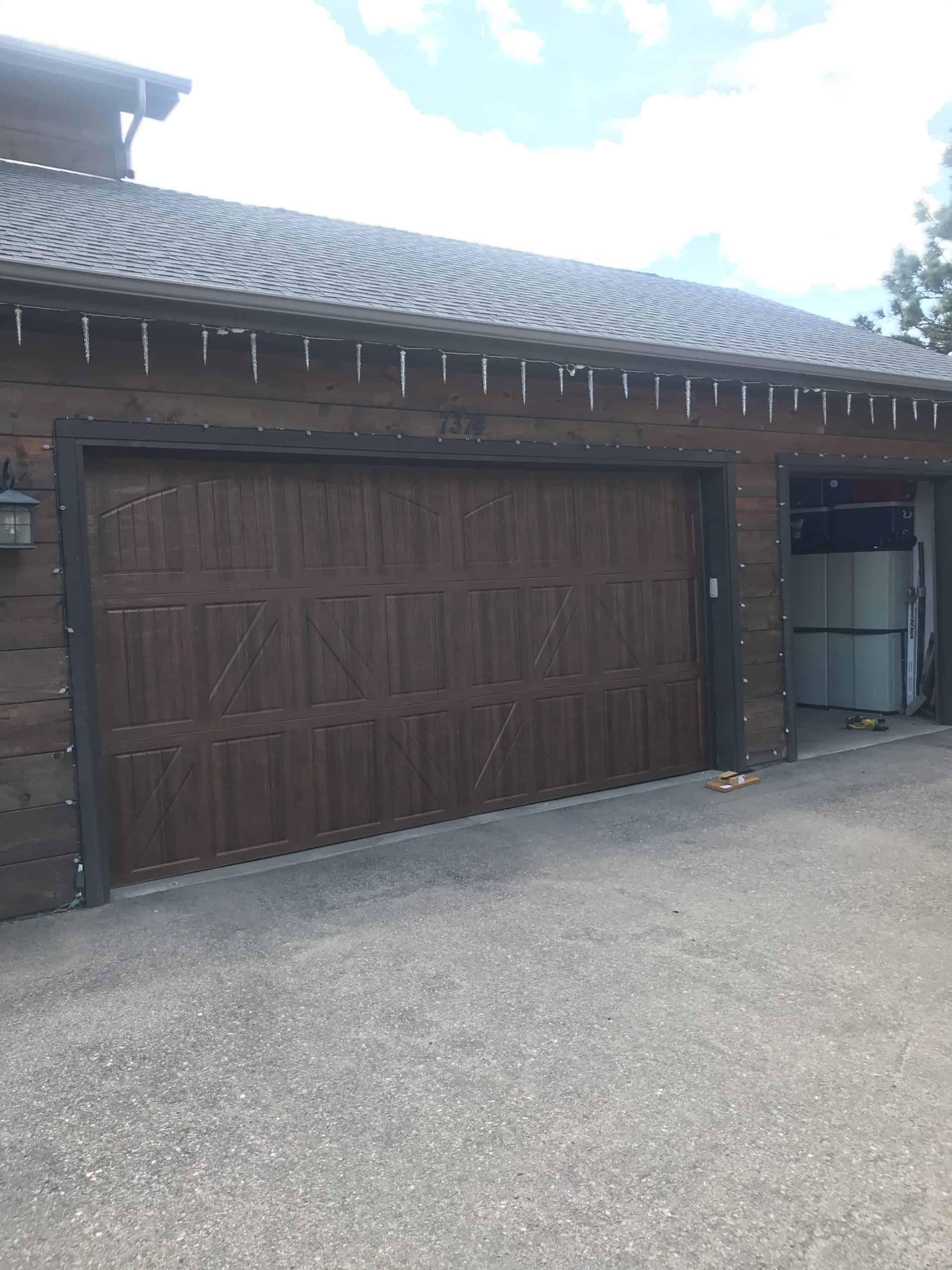 garage-door-in-aurora