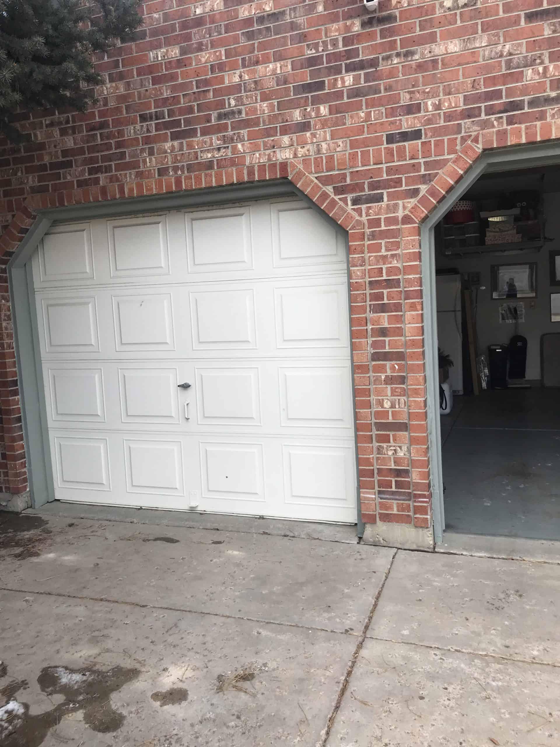 new-garage-doors-in-denver