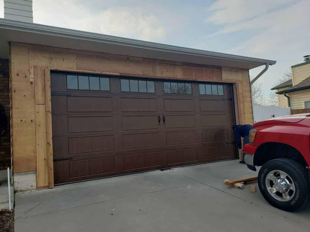 the-installation-process-of-wood-garage-door-in-denver